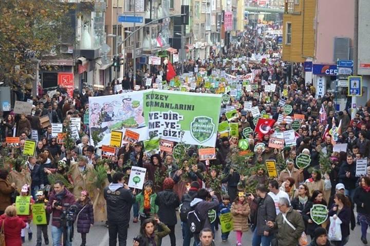 Kuzey Ormanları Savunması ve Kent Hareketleri'nin 22 Aralık Kent Mitingi'nde omuz omuza yürüdüğü onbinlerce kardeşine ortak çağrısıdır;