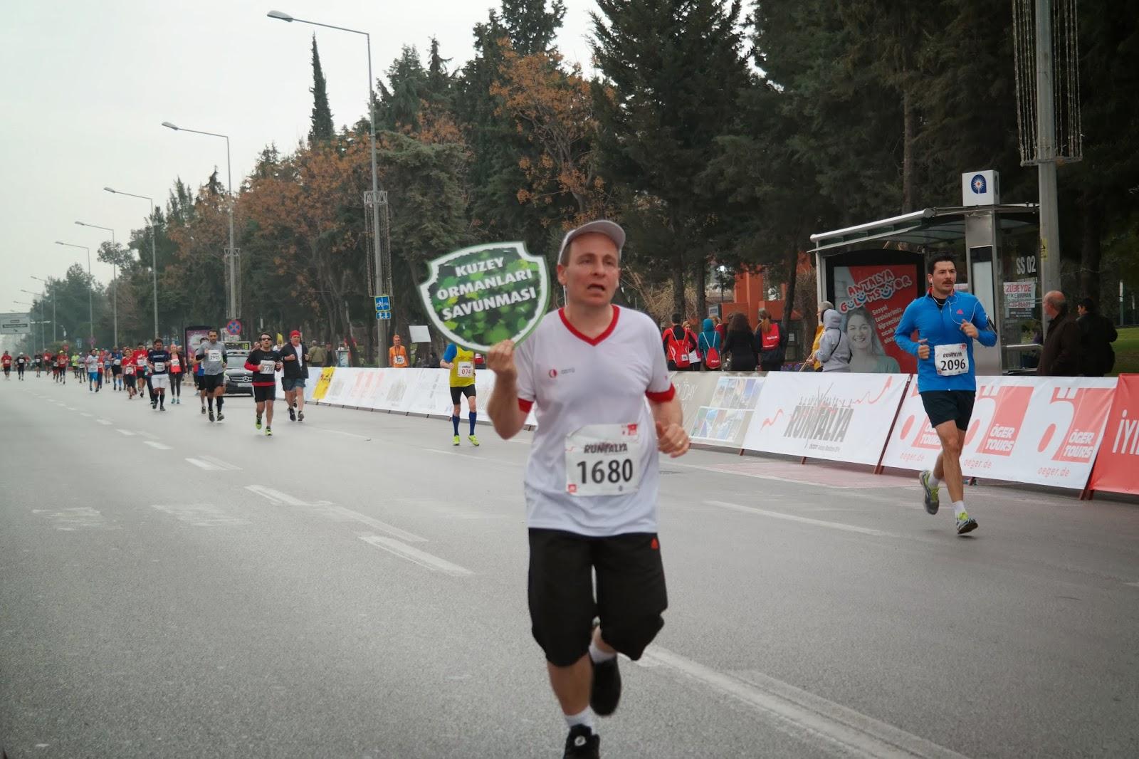 Kuzey Ormanları Savunması 9. Uluslararası Runtalya Maratonu'ndaydı
