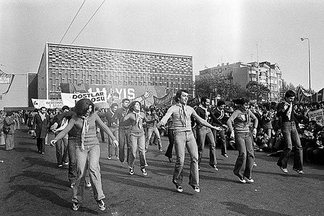 Taksim Meydanı Yenikapı Miting Alanı'na Karşı