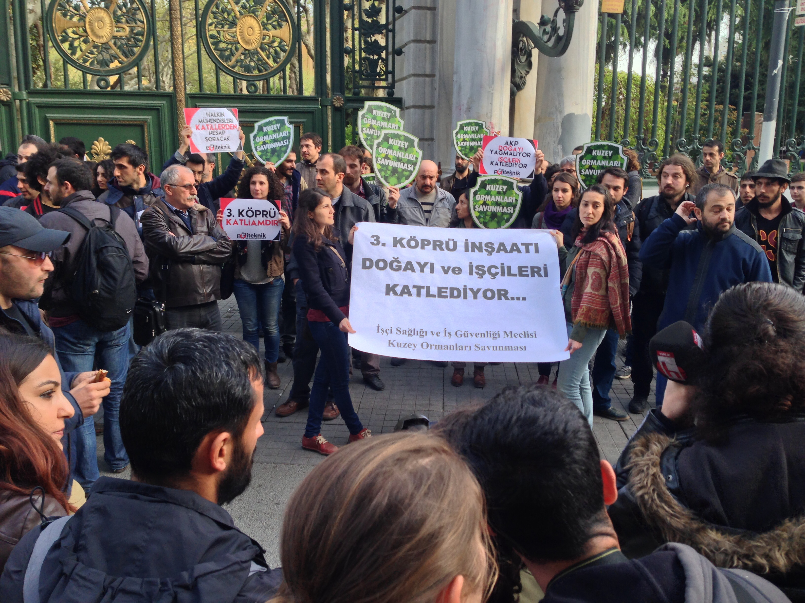 AKP Çalıyor, İşçiler Ölüyor