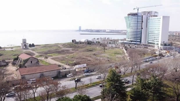 Ataköy sahilde inşaat duracak