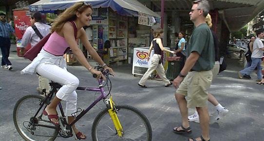 Fransa'da işine bisikletle gidene vergi indirimi geliyor