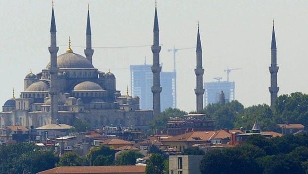 İstanbul'un siluetine yeni hançerler