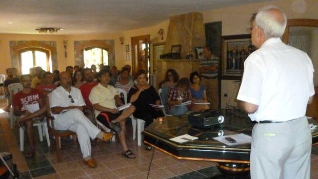 NKP'den Turunç'ta eğitimcilerin eğitimi kampı