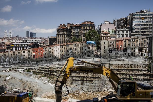 Newsweek: Büyük inşaat projeleri İstanbul'u mahvediyor