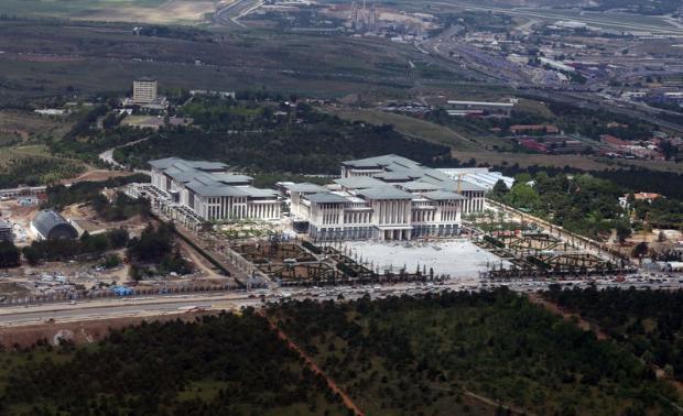 Atatürk Orman Çiftliği'ne şimdi de VIP havaalanı