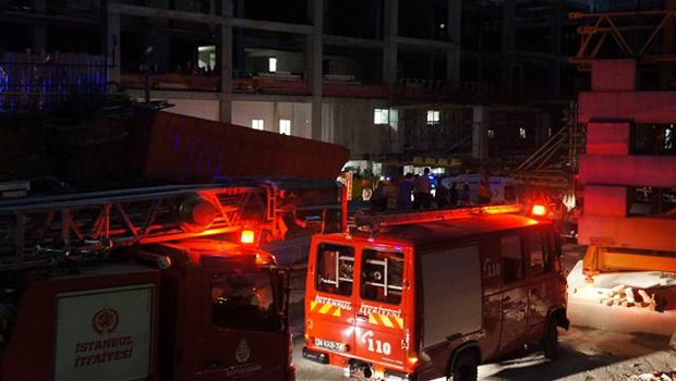 Rezidans inşaatında asansör çakıldı: 10 ölü