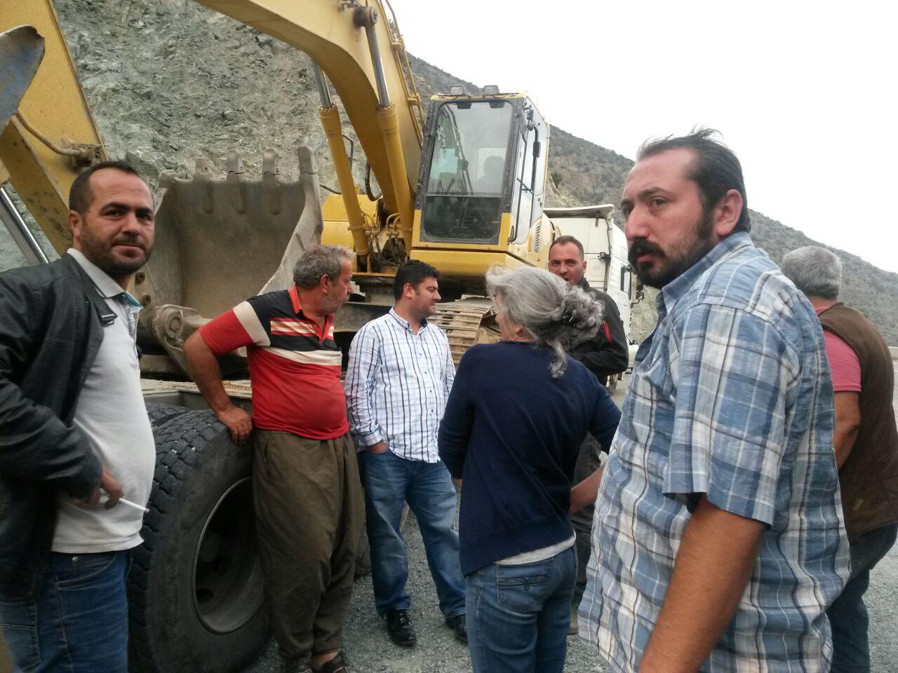 Artvin Oruçlu köylüleri madene geçit vermedi
