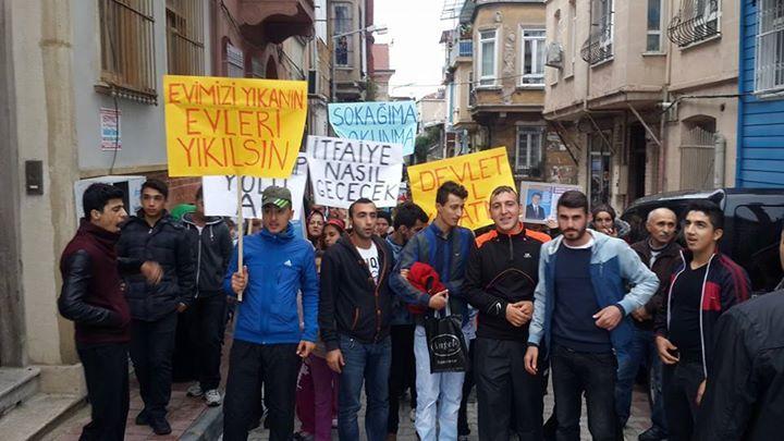 """Balatlılar isyan etti: 'Devlet Yol Kapatmaz!"""""""