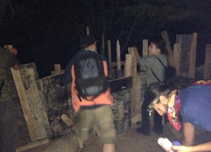 Halk, Validebağ Korusu'nu bastı, beton dökmek için hazırlanan kalıpları söktü