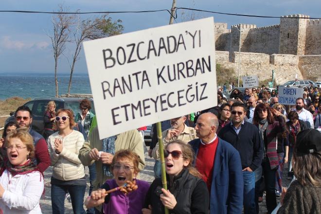 Bozcaadalılar 'Betona hayır' dedi