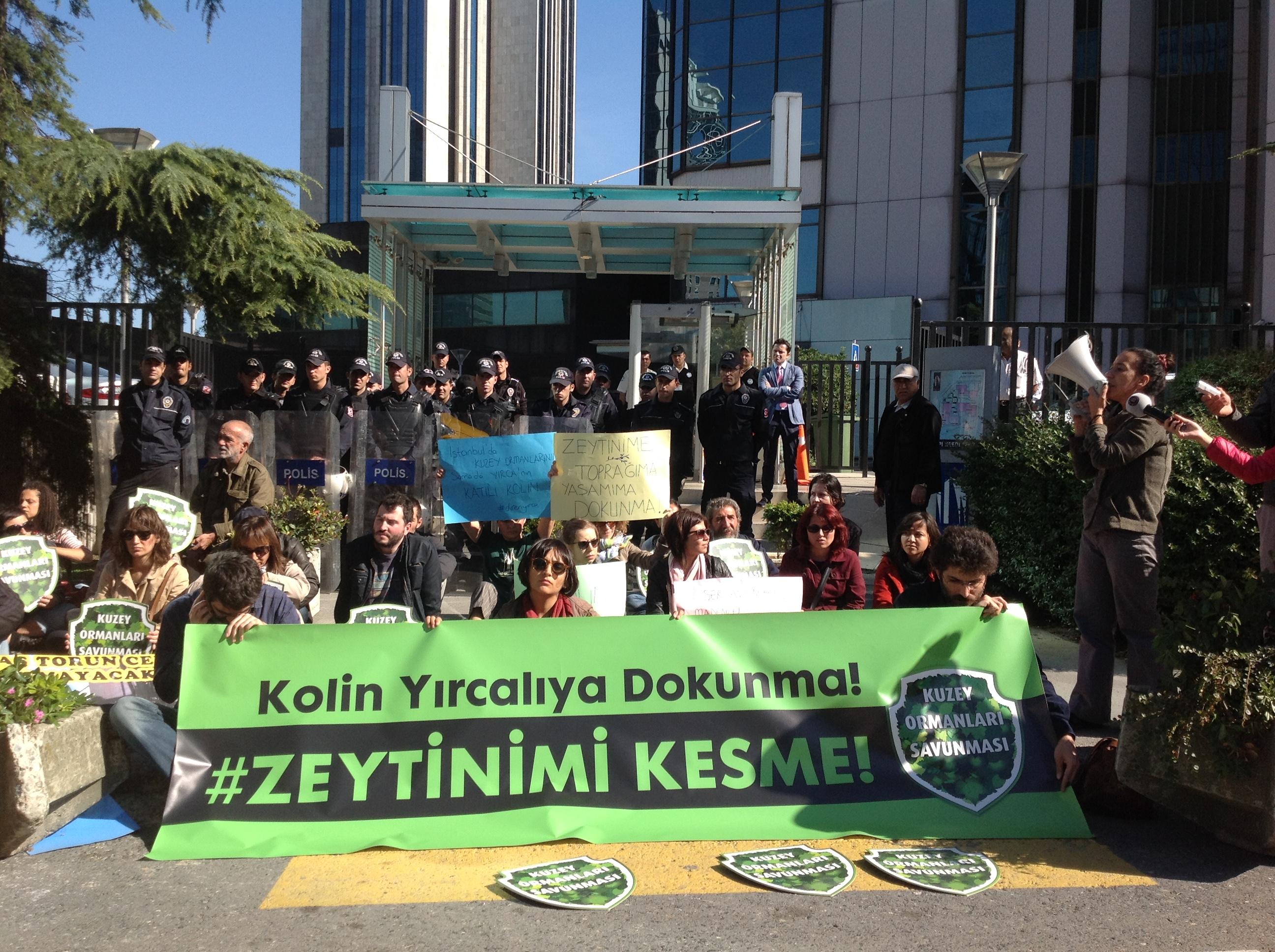 Yırcalılara İstanbul'daki Kolin binası önünden destek: Her yer Yırca her yer Direniş!