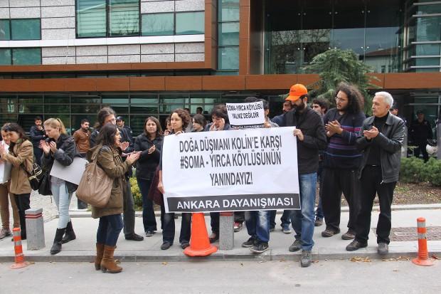 Ankara'da Kolin AŞ Protesto Edilmeye Dayanamadı, Kadınlara Yumruk ve Tekmelerle Saldırdı