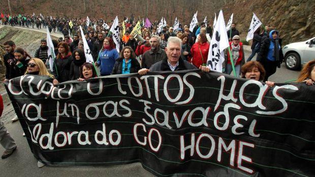 Yunanistan'da Da Senaryo Aynı: Halk Altın Madenine Karşı, Polis Sermayenin Yanında