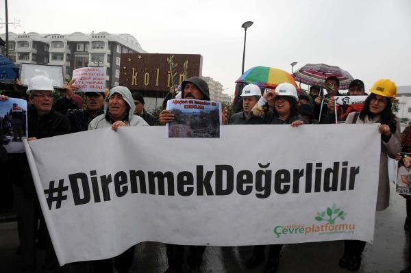 Kolin Hotel'e Yırca Protestosu