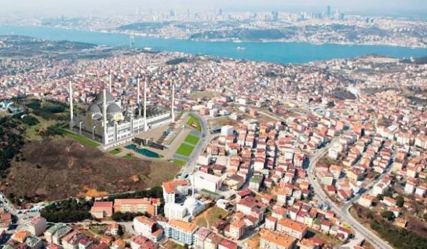 Erdoğan'ın talimatıyla yapılan camiye özel tünel