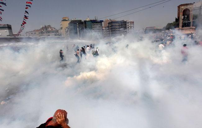 """Sempozyumda ortak fikir: """"Biber gazı öldürüyor, yasaklanmalı!"""""""