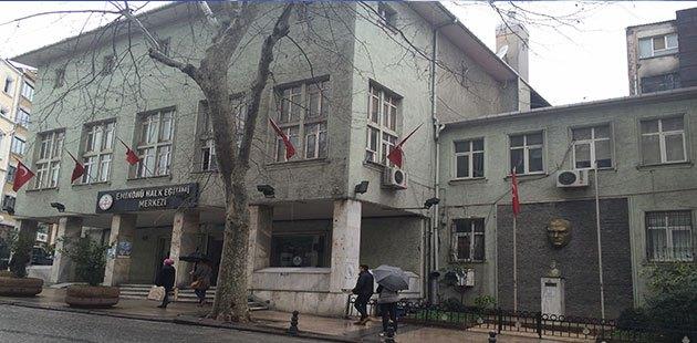 Eminönü Halk Eğitim Merkezi: Halktan alındı vakfa veriliyor