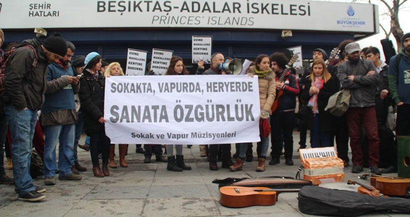 İstanbul'da sokak müzisyenleri sanata özgürlük istedi