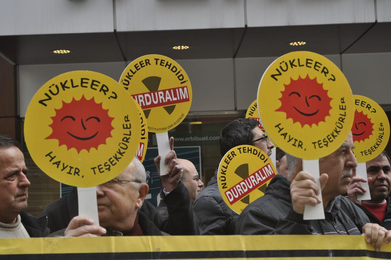 """İzmir 15 Şubat Pazar """"Nükleere İnat Yaşasın Hayat"""" diyerek haykıracak!"""