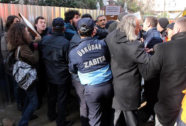 Betonkafalar yine ağaçlara saldırıyor, Üsküdar direniyor!