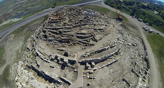 Kömür için tarihi yakacaklar! Çelikler Holding, Kütahya Seyitömer Höyüğü'nde kazıların bitmesini bekleyemiyor!