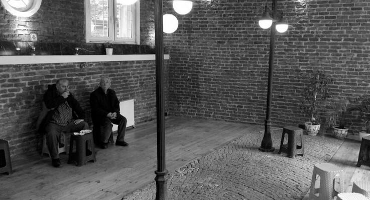 Beyoğlu'nda 'rantsal dönüşüm'ün son kurbanı Laterne Cafe'ye şafak baskını