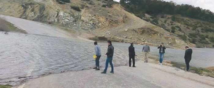 Çerkes köyü sular altında kaldı, yetkililer sessiz