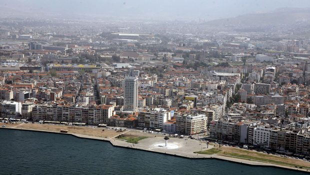 İzmir Kordon'da binalar 10 metre daha yükselecek