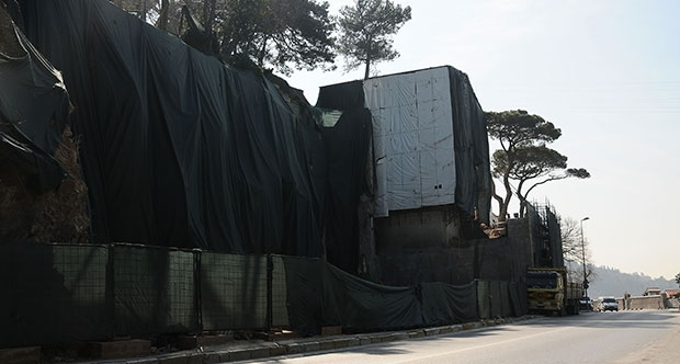 Boğaz'a nazır 'ihya': Ahşabı restore ettiler beton çıktı!