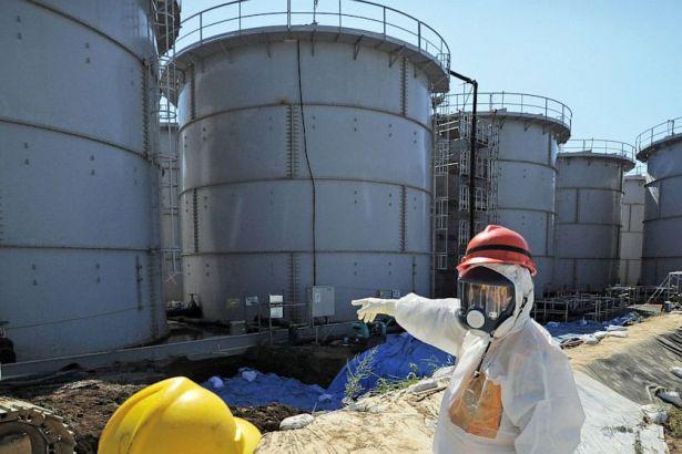 Fukuşima'da nükleer santralden radyoaktif su sızmaya devam ediyor