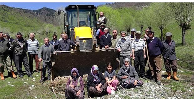 Bolu'da köylüler suya sahip çıktı