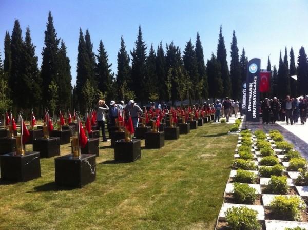 İnsan Hakları İzleme Örgütü: Soma'da adaletin yolunu AKP tıkıyor
