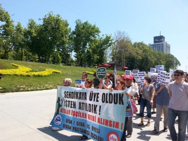 Divan Otel işçileri direnişe devam ediyor
