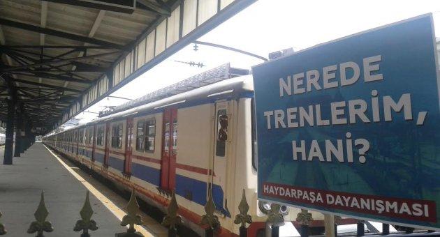 Haydarpaşa Garı halen trenlerini bekliyor