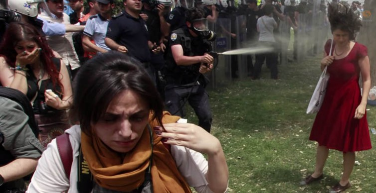 Gazcı polise hapis ve fidan dikme cezası
