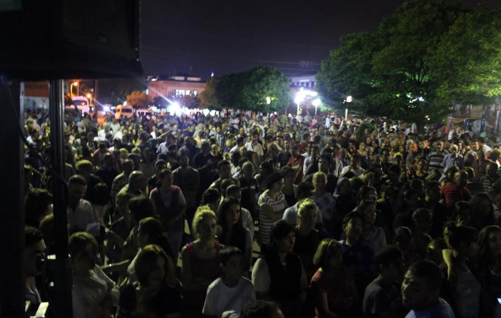 Kocaeli'de binler halk konserinde buluştu