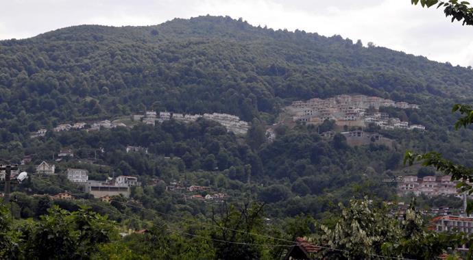 Sapanca'da Arap zenginler için orman talanı: 'Villaköy'