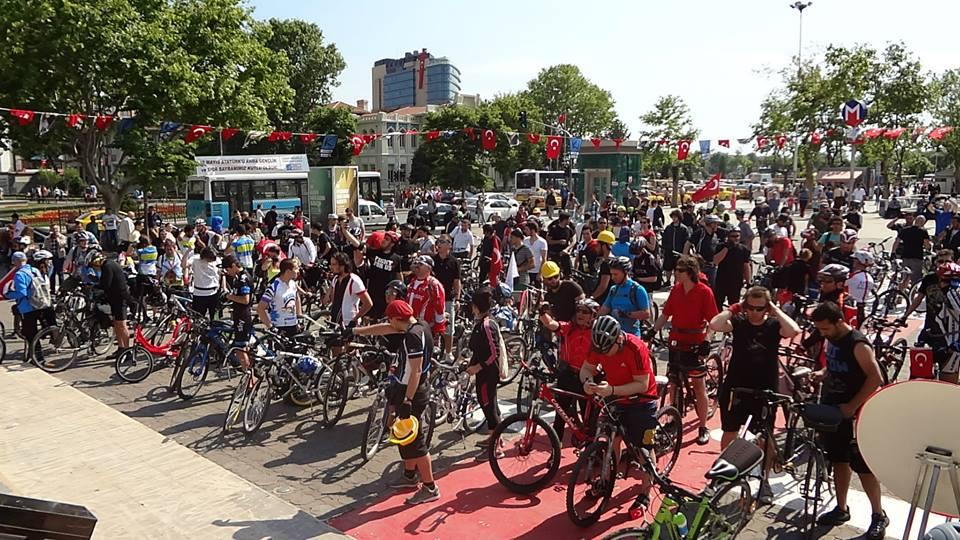 Bisikletli Ulaşım Platformu bu pazar Bayrampaşa, GOP ve Haliç'te