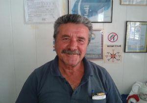 """İzmirli balıkçıların trol isyanı: """"Böyle giderse avlayacak balık bulamayacaklar"""""""
