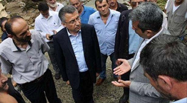 'Sel bölgesinde' denen AFAD Başkanı, Hopa'da değil Erdoğan'ın memleketi Güneysu'da boy gösterdi