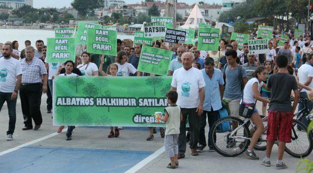 Albatros'da direniş çadırı kuruldu: Belediyenin mülkü değil, halkın parkı!