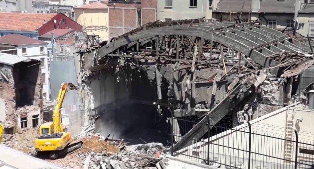 Beyoğlu Belediyesi'ne 'Emek Sineması' soruşturması
