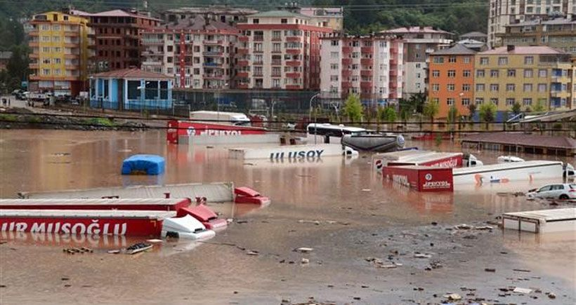 Doğu Karadeniz Bölgesi'ndeki seller de yazgı değildir !