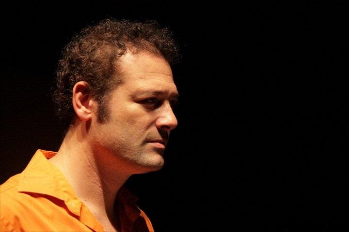 Muhalifliğin bedeli: Levent Üzümcü, İstanbul Şehir Tiyatroları'ndan 'ihraç edildi'