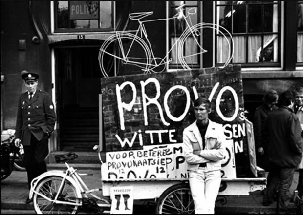 """""""Beyaz Bisiklet Devrimi"""" ve Provo: Hollanda'da bisiklet rüyası nasıl başladı?"""