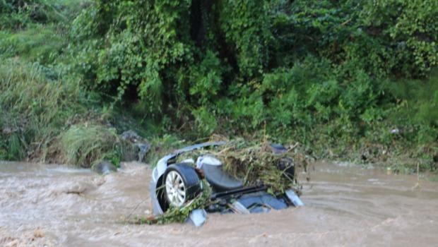 Zonguldak Ereğli'de yağmur sele yol açtı