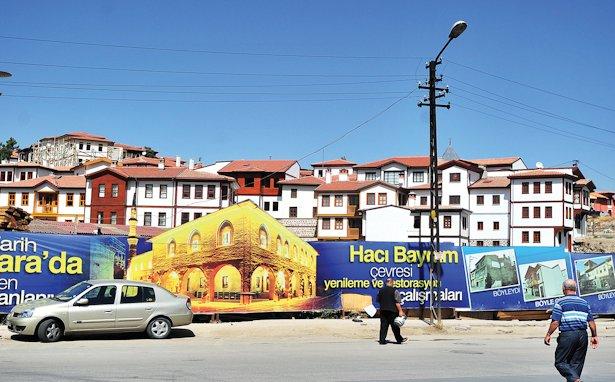 Hacıbayram'da acele kamulaştırma ve zorla tahliye: 'Bu rantın acelesi mi?'