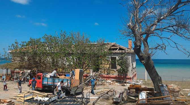 Müsteşar kömür çıkarsın diye 200 yıllık bina yıkıldı