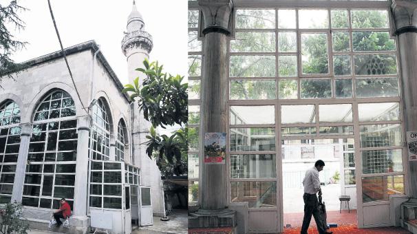 537 yıllık tarihi camii PVC'yle kaplandı!